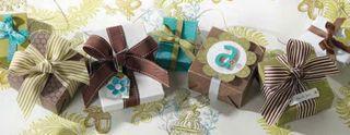 A_ribbon_boxes