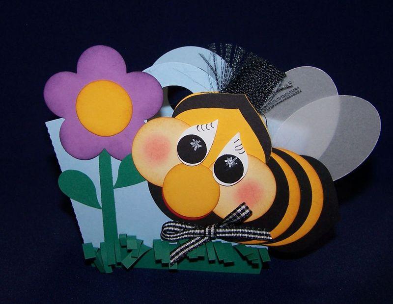 05_13_crop_bee